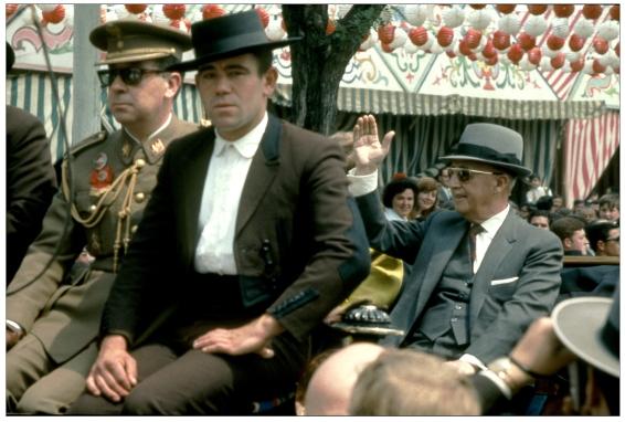 01- Francisco Franco en la Feria de Sevilla,1967